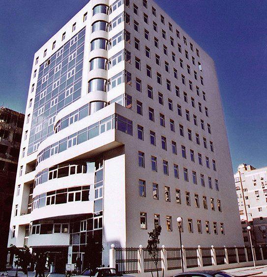 المبنى الادارى بحى السفارات