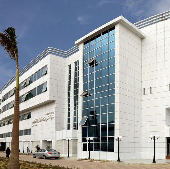مستشفى التأمين الصحى بالسويس
